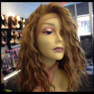 Blonde curly wig Lacefront Swisslace Freepart Wig